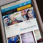 102.7 KIIS FM, Twitter account, iPhone screen