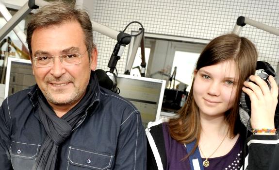 Arno Müller, studio visitor, 104.6 RTL radio studio