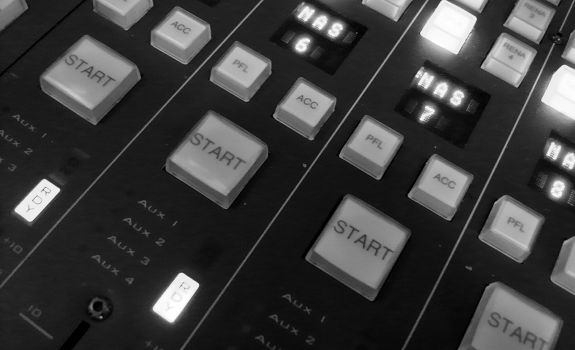DHD radio mixing console