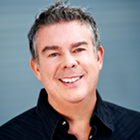 www.radioiloveit.com | Radio personality Elvis Duran is broadcasting from Clear Channel New York studios on Z100 and currently (through syndication) over 40 other radio stations across the United States