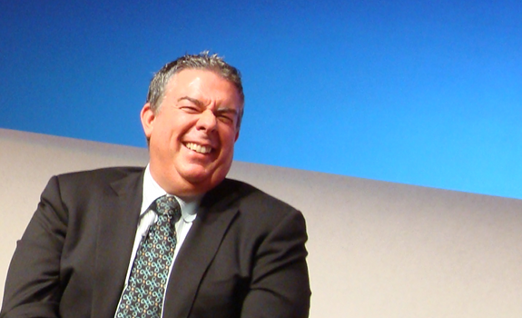 www.radioiloveit.com | Radio personality Elvis Duran thinks he has a few years left in the Top 40 format, and jokes about his retirement on AC stations for the rest of his radio life (photo: Thomas Giger)