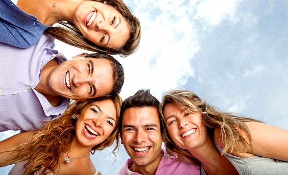 group-laughing-people-standing-looking-down-01
