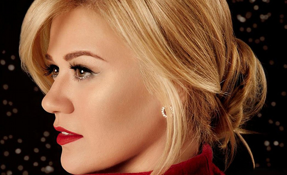 Kelly Clarkson Wrapped In Red Album Cover