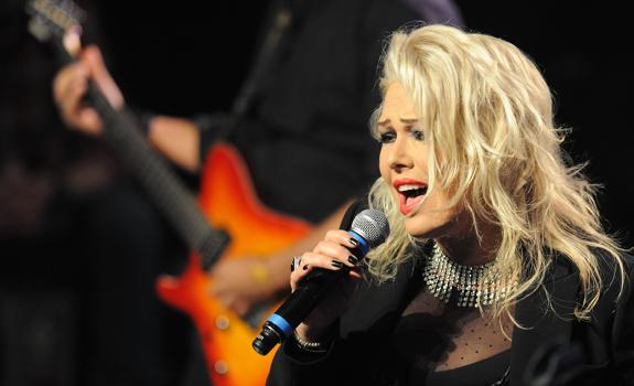 Kim Wilde, stage performance, live concert